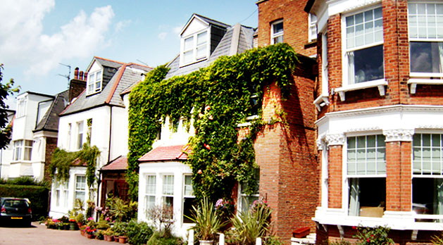 Catherine Lodge - Private Residential Care Home - Woodside Park, North London